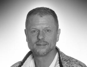 Henrik Sveistrup Salgsassistent